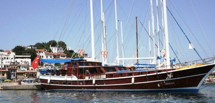 Wooden yacht called Tayaza.